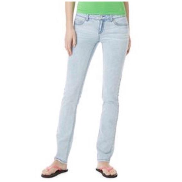 Aeropostale Denim - Aeropostale   5   Bayla Light Low Rise Skinny Jean